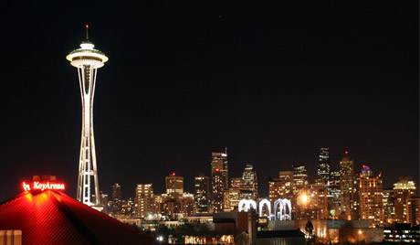 Seattle skyline by night, photo by Selma